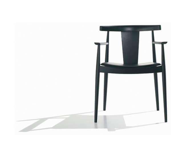 Andreu World Smile spisebordsstol – klassisk og stilren