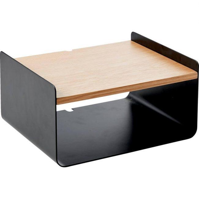 Pinella væghængt natbord – sort metal og træ i flot kombination