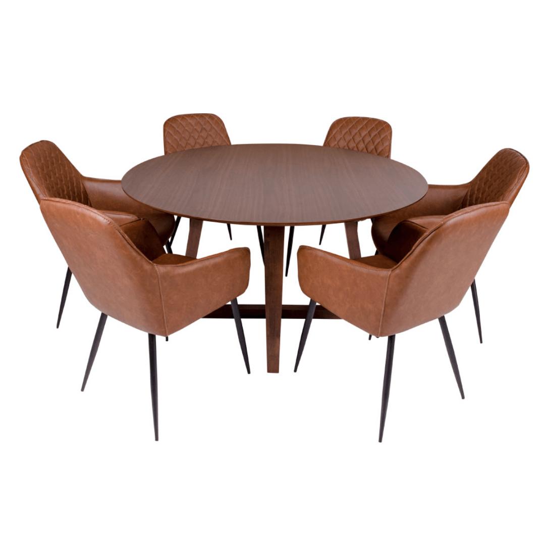 Hellerup rundt spisebord fra House Nordic traditionelt og tidløst design
