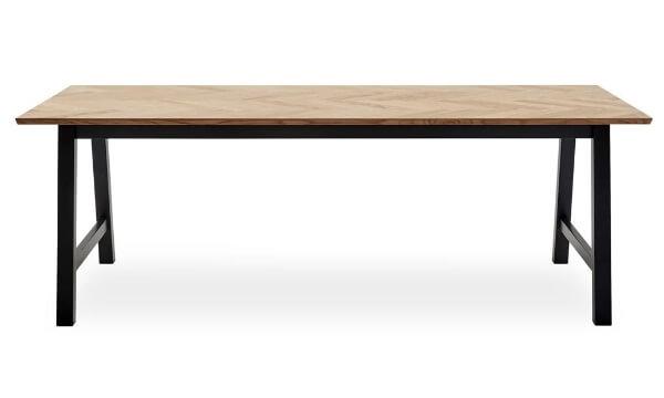 Blixton spisebord 222 x 95 x 75 cm er et stort, markant, slankt og fint sildebensbord