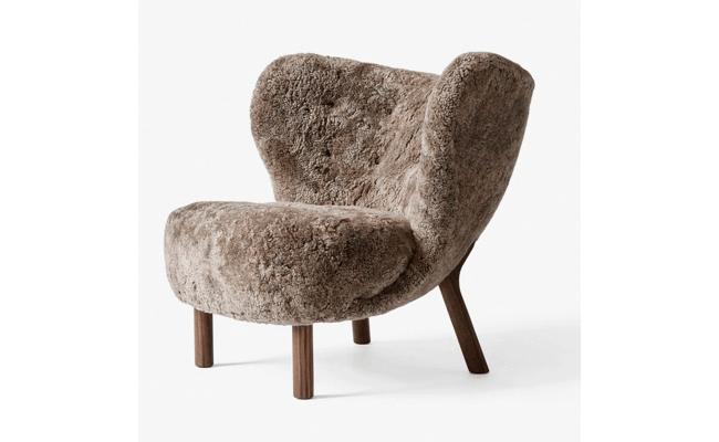 &tradition Little Petra VB1 Walnut Sahara Sheepskin lænestol