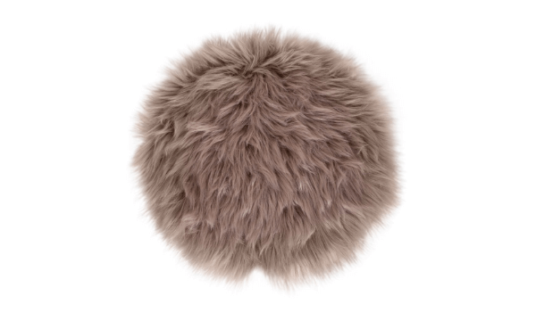 Møbelkompagniet lammeskindshynde – flot brunt lammeskind til dine hvide stole