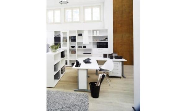 Rio hjørneskrivebord hvidt er ideelt til det store hjemmekontor